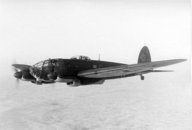 Bundesarchiv bild 101i 647 5211 33 heinkel he 111