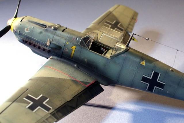 Messerschmitt bf 109 e 1 oblt georg schneider 1 32 left