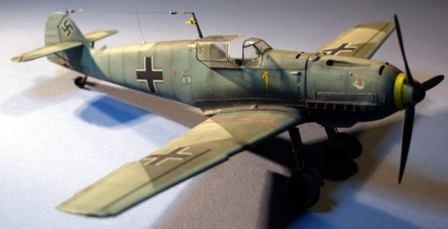 Messerschmitt bf 109 e 1 oblt georg schneider 1 32 right