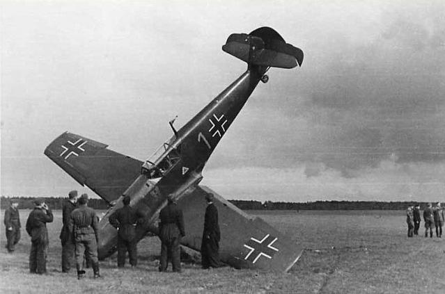 Messerschmitt bf 109d gelbe 1 georg schneider