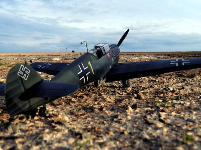 Messerschmitt bf 109d oblt georg schneider 1 32 right