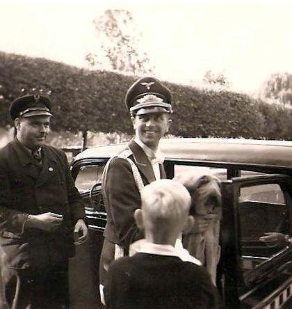 Oberleutnant georg schneider mit wagen